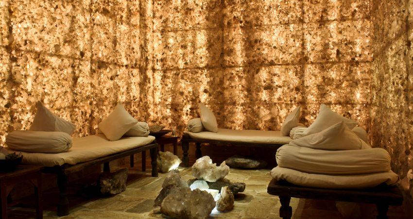 Dwarikas Resort Crystal healing room